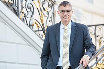 Porträt Dr. Karl-Friedrich Walter, Vorstand des Verbandes der PSD Banken e.V.